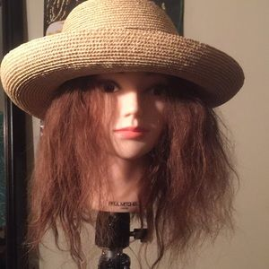 Straw hat with midnight blue ribbon